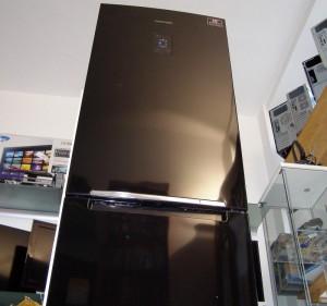 k hl gefrierkombination samsung 310l schwarz no frost digital inv k hlschrank ebay. Black Bedroom Furniture Sets. Home Design Ideas